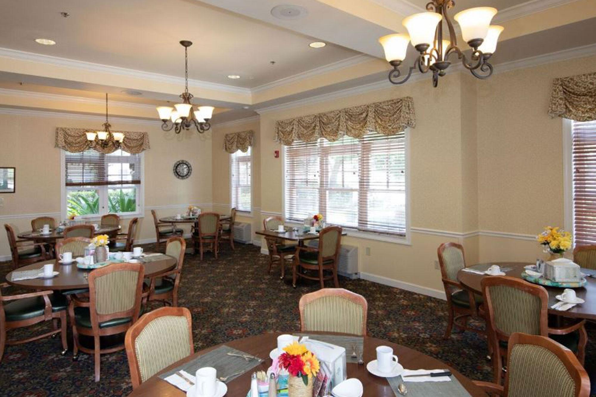 Grand Oaks of Okeechobee Main Dining Room